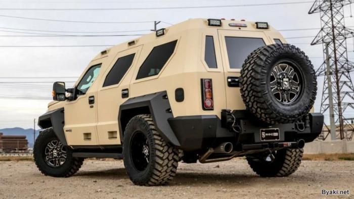 Впечатляющий бронированный внедорожник USSV Rhino GX Executive