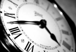 Жителям Эстонии напомнили о предстоящем переводе часов