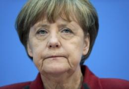 Меркель готова «перезапустить» переговорный процесс по Греции после референдума