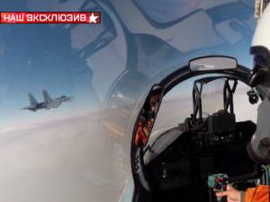 Самолет НАТО пытался приблизиться к самолету Шойгу, рассказали журналисты, летевшие с министром