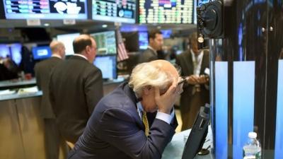 Цена на нефть упала ниже 28 долларов после снятия санкций с Ирана