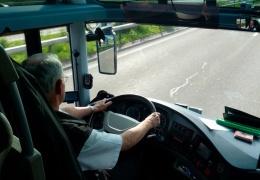 Между Нарва-Йыэсуу и Нарвой пустят школьный автобус