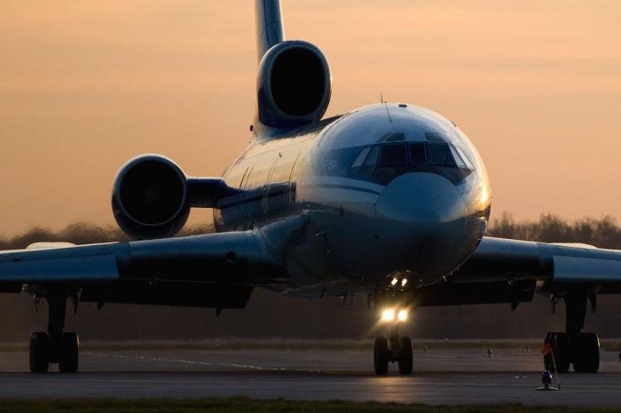 Эксперты расходятся в версиях катастрофы Ту-154 в Сочи: не верят в ошибку пилота и указывают на разлет осколков, характерный для взрыва