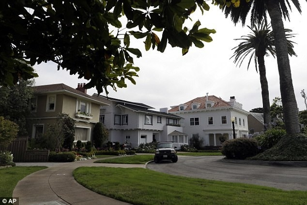 Предприимчивая пара купила улицу в Сан-Франциско с 38 домами за 90 тысяч долларов