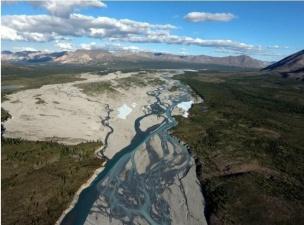 Какая река впадает в 2 океана