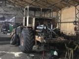 Мужчина приложил титанические усилия и восстановил старый «Кировец»