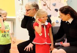 Операторы телефона 112: дети - хорошие учителя