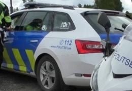 В Валгамаа молодой человек угнал машину у подвозившего его мужчины