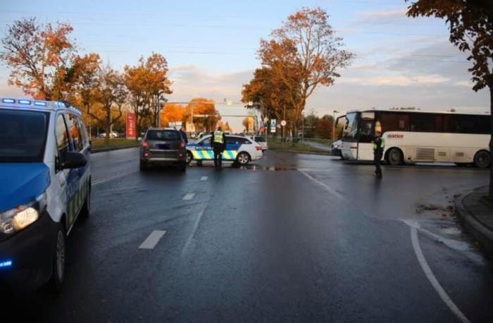 В Нарве полицейский устроил ДТП: никто не пострадал