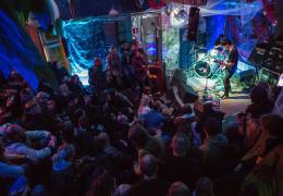 На фестивале Station Narva выступят группы АИГЕЛ, УЕ и Свен Грюнберг
