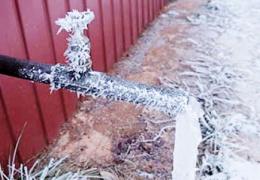 Мороз может сильно повредить трубы