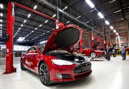 Tesla уволит более 4 тысяч сотрудников с целью сокращения расходов