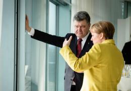 Порошенко запросил у Меркель военную помощь