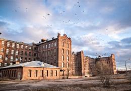"""Через год в пустующих хлопковых складах Кренгольма появится """"Мир текстиля"""""""