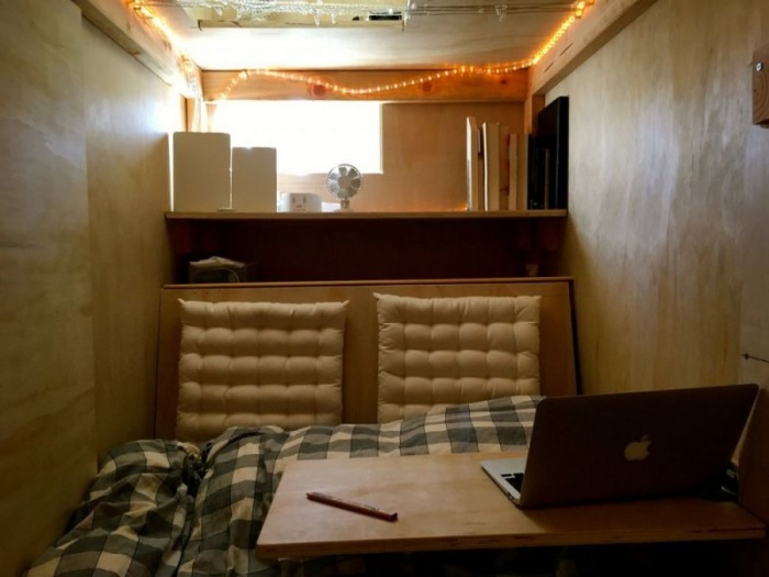Спальное место внутри комода