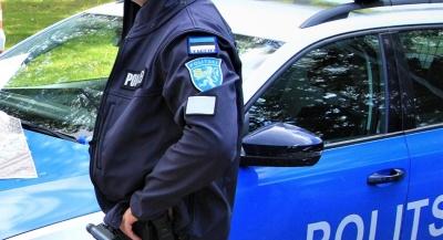 9-летняя девочка в Нарве пожаловалась в полицию на побои от матери