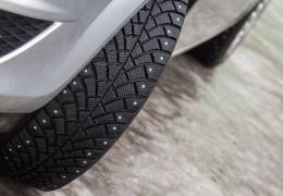 Полиция советует водителям не спешить менять зимние шины на летние