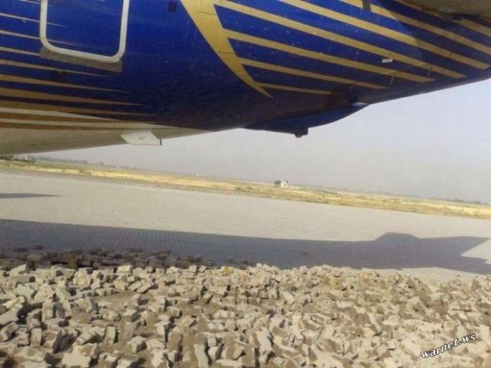 Тестирование двигателей Boeing 737 перед взлетом