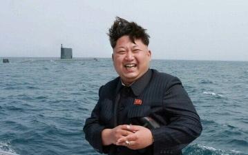 Ким Чен Ын пришел в восторг, увидев запуск ракеты с подводной лодки
