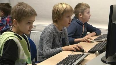 Лиги: к 2020 году школьное обучение перейдет в электронную среду