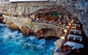Потрясающие рестораны с великолепным видом из окна