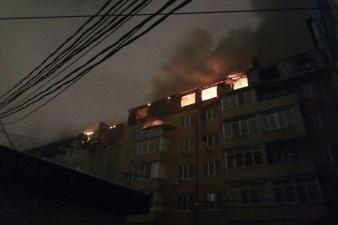 Пожар в Краснодаре сейчас: огонь уничтожил 20 квартир, погиб человек