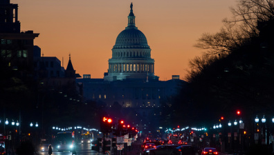"""Вашингтон заявил, что """"россияне заплатят"""" за поддержку Каракаса"""