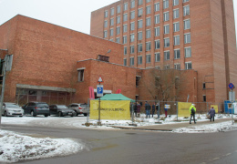 """В Нарве 19 декабря начались строительство театрального центра Vaba Lava (""""Свободная сцена"""")."""