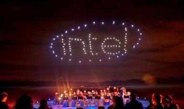 Компания Intel организовала шоу с участием 100 дронов (видео под катом)