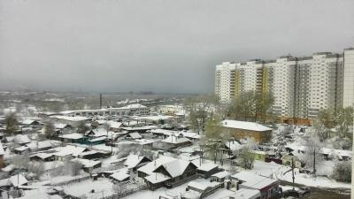 Красноярск завалило снегом