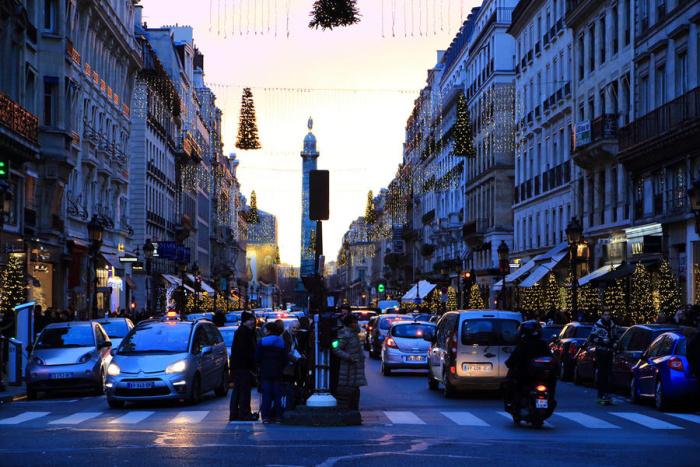 Париж в канун Рождества