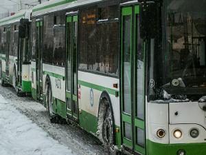 В Вологде автобус зажал дверями ребенка и тащил несколько метров по дороге