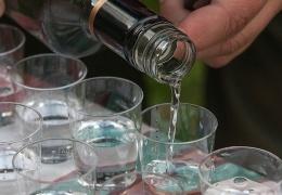 Единственный производитель спирта в Эстонии сокращает производство в два раза и увольняет людей