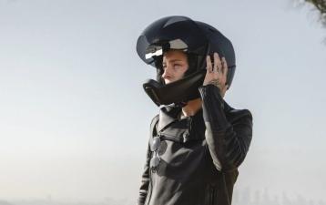 Cross Helmet X1: умный шлем с камерой заднего вида, который заставит вас почувствовать себя Железным Человеком
