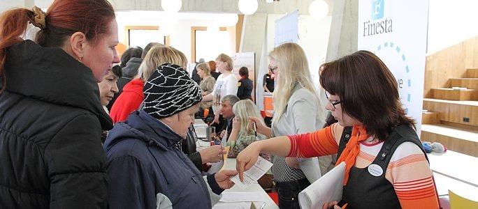 Ярмарка труда заинтересовала тех, кто ищет работу или подумывает о бизнесе