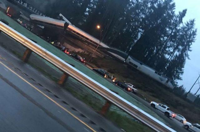 Железнодорожная авария в штате Вашингтон: множество пострадавших