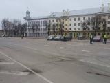 в Нарве на Петровской площади полиция проверила оставленный без присмотра чемодан