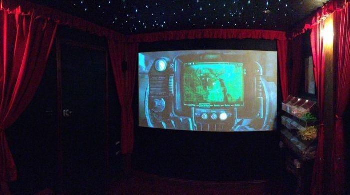 Уютный кинотеатр своими руками во дворе дома
