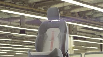 Ford научит автомобильные кресла заряжать гаджеты