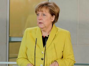 Меркель выступила против выхода Греции из состава еврозоны