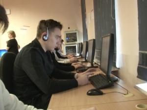 Электронный диктант на эстонском языке написали и школьники из Нарвы