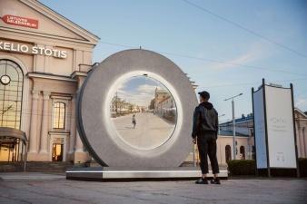 В Вильнюсе установили портал для связи с поляками