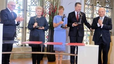 На вручении Вестфальской премии мира Керсти Кальюлайд думала о Нарве