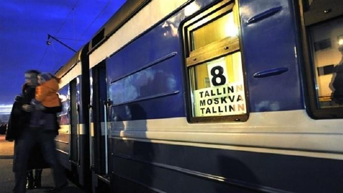 Из-за ремонта железнодорожного моста в Нарве два дня не будут ходить поезда