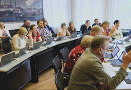 В Нарве в понедельник выберут вице-мэра и зампредов горсобрания