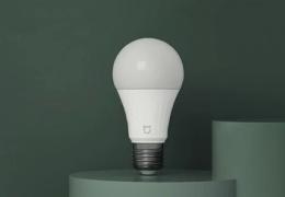 Новой светодиодной лампой Xiaomi можно управлять голосовыми командами
