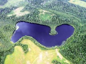 Самый опасный водоем в России: почему в озеро Бросно нельзя бросать якорь
