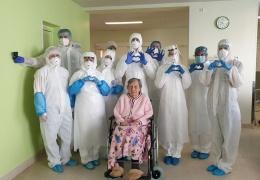 В Курессааре от коронавируса поправляется столетняя женщина