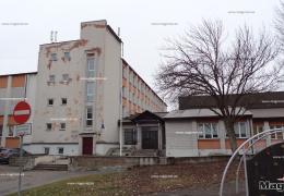 Нарва просит министерство образования помочь Эстонской гимназии