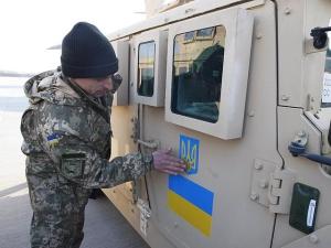 """В Пентагоне опровергли утверждения, что США поставляют Украине """"хлам"""" вместо современного оружия"""